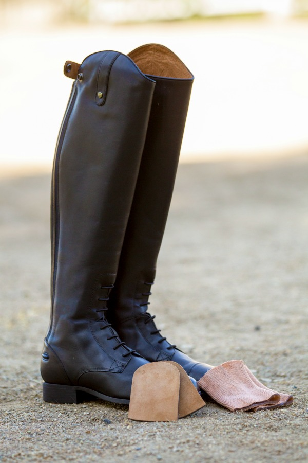 Breaking In New Riding Boots the Easy Way | Saddle Seeks Horse